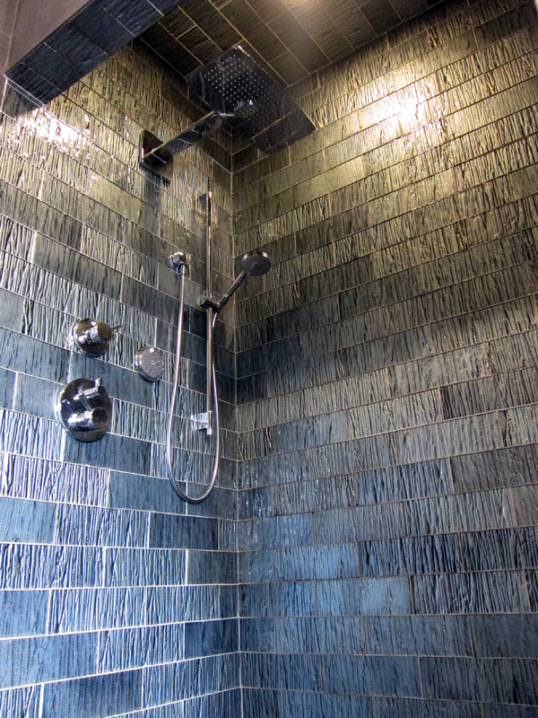 Men\'s Shower